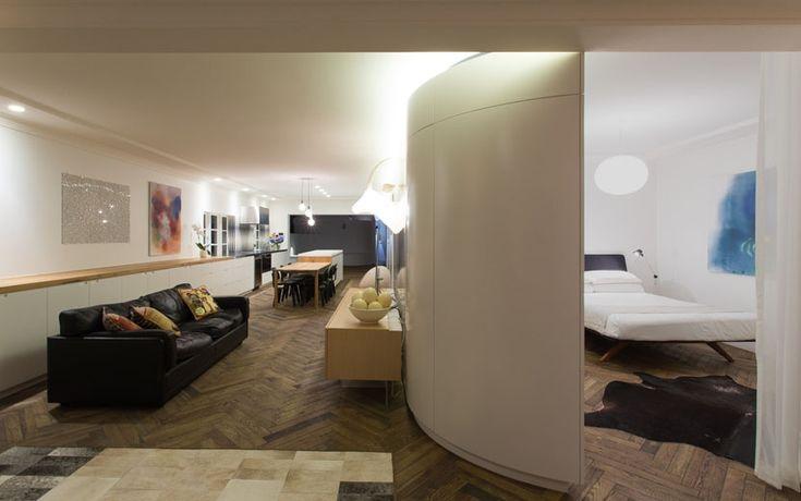 Bondi Apartment - Living space night shot