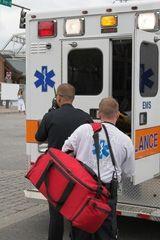 Ambulancier / -ière [Article métier CIDJ | Centre d'Info et de Docu Jeunesse, France]