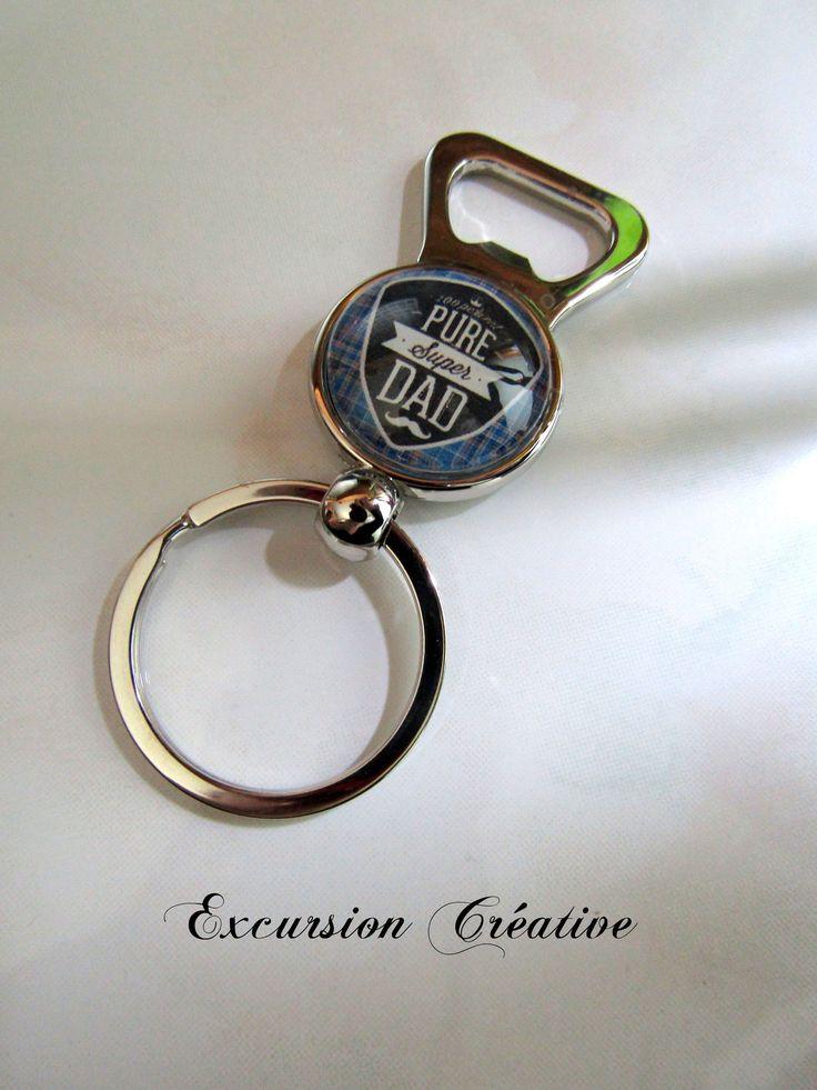 """Porte clé décapsuleur spécial """"Fête des pères"""" avec cabochon en verre 25 mm : Porte clés par excursion-creative"""