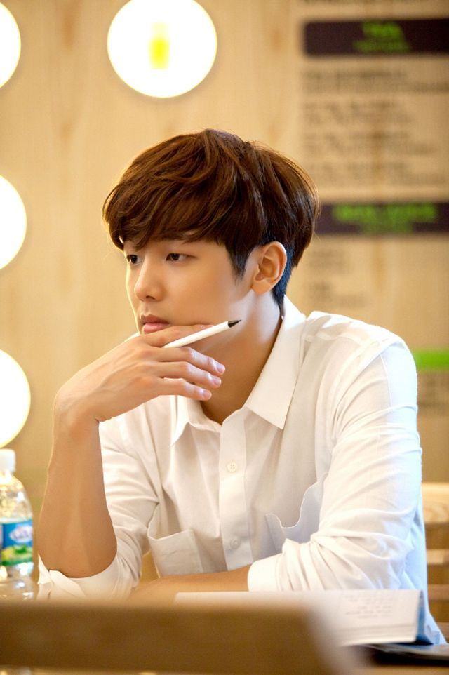 """Kang Min Hyuk - I instantly pictured us in a business meeting.. they're talking to me and I'm zoned out staring at his hands.. """"sorry, what? .."""""""