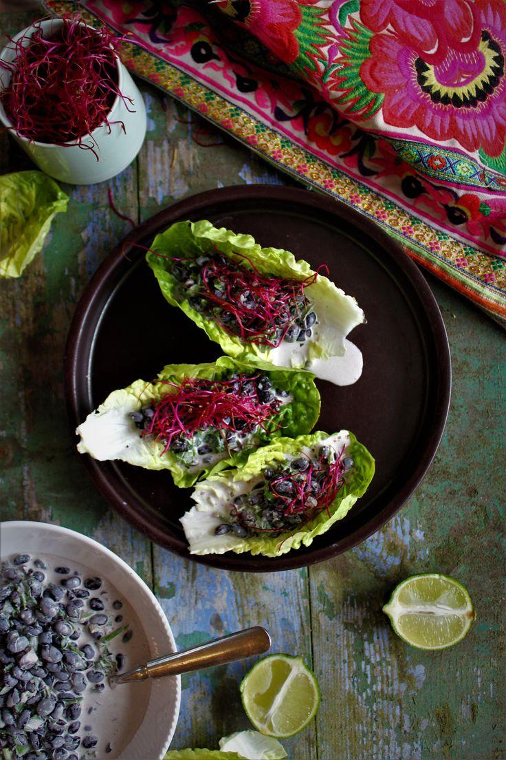 Glutenfri tacos med bønne fyld & røde spirer