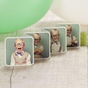 Spring eruit met een bedankkaartje in originele vorm en vier toffe foto's van het feestvarken!Zevenluik met vier foto'sDubbelzijdig bedruktKlik op