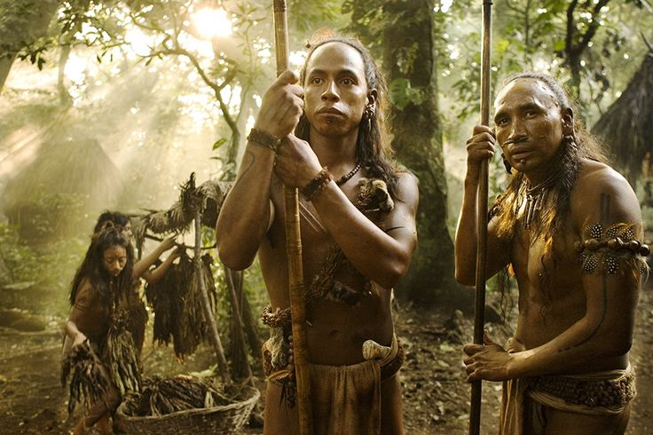 Rudy Youngblood and Dalia Hernández in Apocalypto (2006)