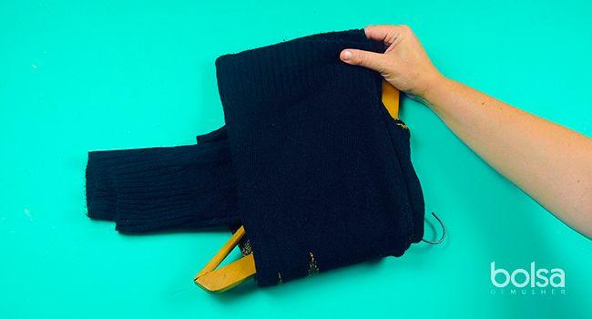 Como guardar blusas de lã para que não alarguem ou deformem