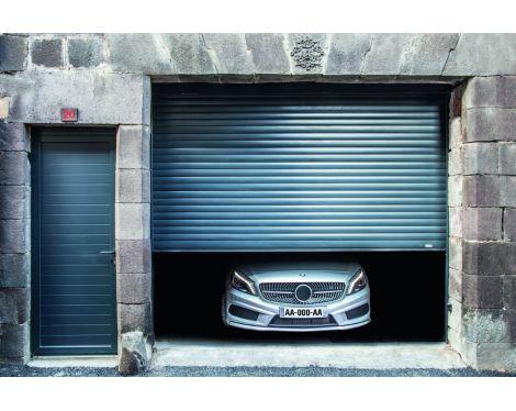 Porte de garage enroulable Riom  http://www.komilfo.fr/
