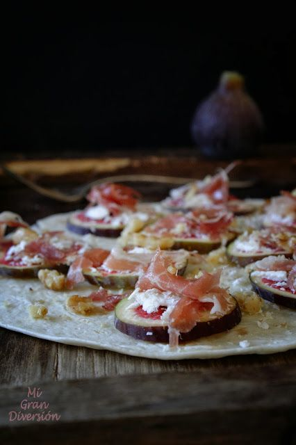 Mi Gran Diversión: Tortitas con carpaccio de higos, queso y jamón