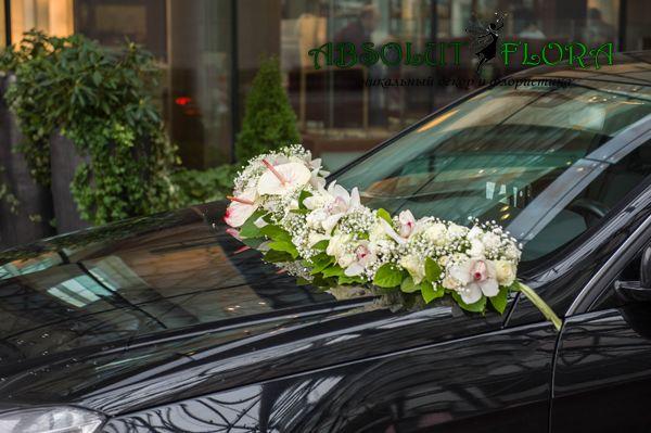 Декор лимузина на свадьбе