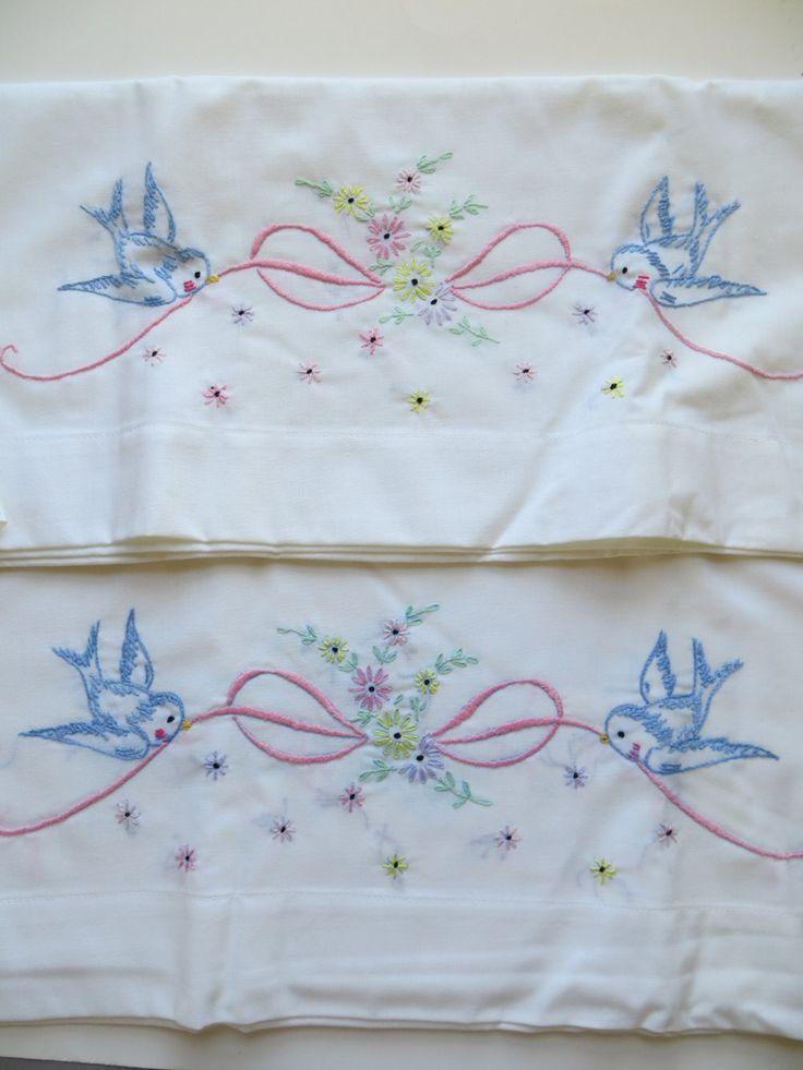 machine embroidery pillowcase designs