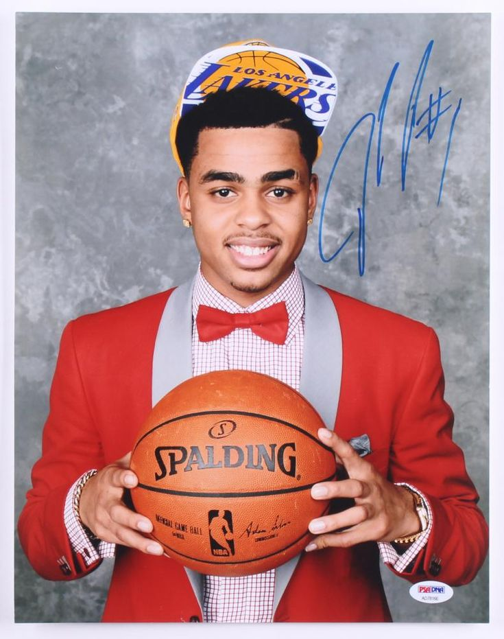 D'Angelo Russell Signed Lakers 2015 NBA Draft 11×14 Photo (PSA)