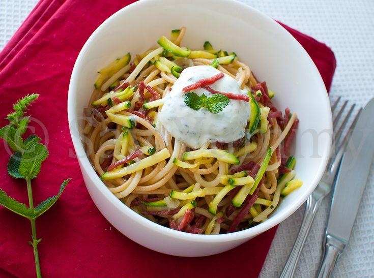 Trofie fredde con zucchine | Ricetta di Say Yummy!!!