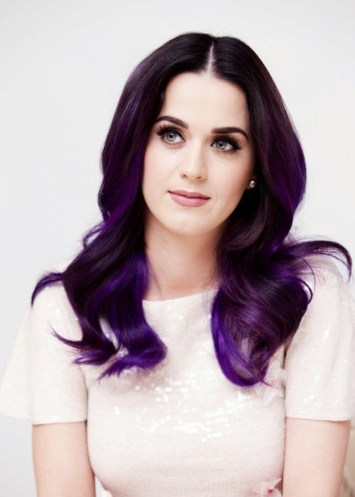 KATY PERRY IS GORGEOUS WITH PURPLE HAIR