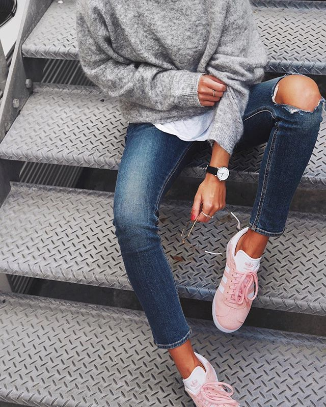Knits, jeans & pink #gazelles // @adidasau #adidasoriginals / @kaptenandson watch ✔️