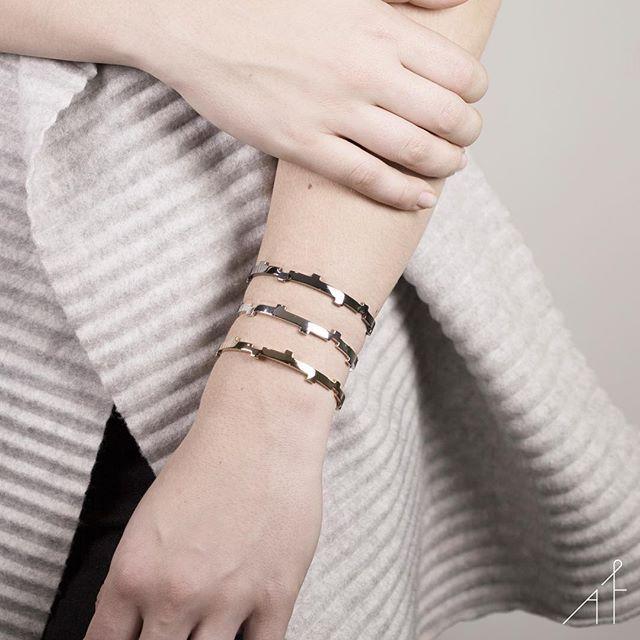 Modern Minimalist touch with triple Legoo!💋  .  .  .  #afewjewels #jewelry #jewel #gold #silver #bracelet #amazing #beautiful #colourful #geometric #minimalist #modern #goodnight #shop #shoponline #fashion #style #fashionista #legoobracelet #unique #color