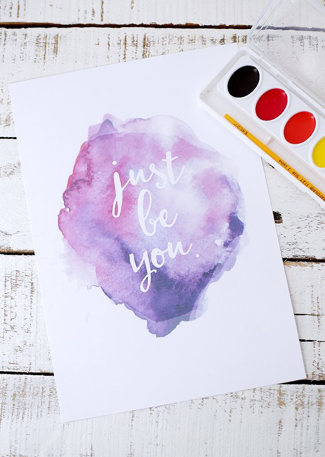 Eighteen25's free watercolor notebook cover printables for back-to-school also make for great inspirational cards to give to your friends. Print them out and hang them up for daily inspiration.