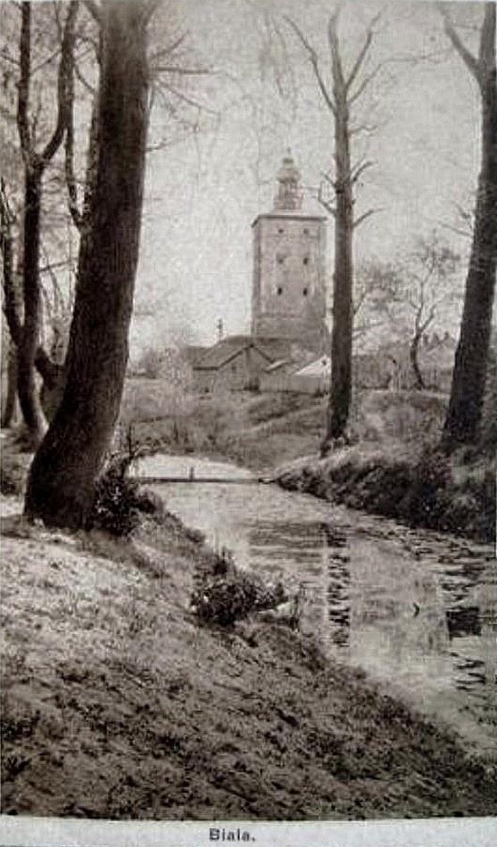 Biała Podlaska, ok. 1916 r. Nieistniejąca już rzeka w okolicy obecnej ul. Władysława Reymonta. W tle wieża bramna zamku.