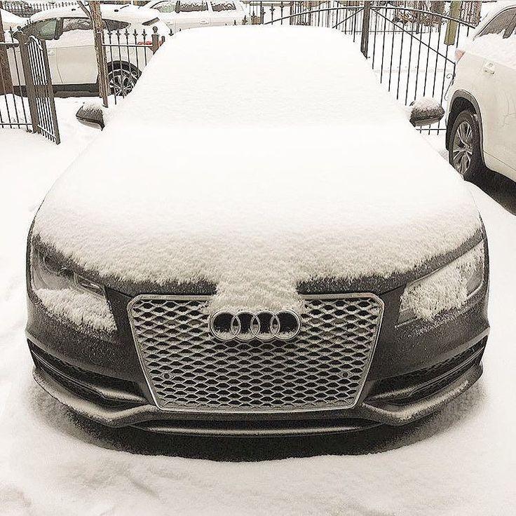 NYC: please let it snow let it snow let it snow  - #Audiquattro #quattroseason ---- oooo #audidriven - what else  @mikebruno ---- #Audi #quattro #4rings #quattrowinter  #drivenbyvorsprung #winter #newyork #quattrosnow #nyc #newyorksnow