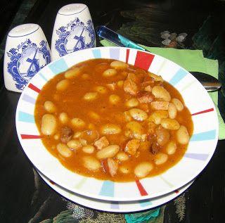 W Mojej Kuchni Lubię.. : pyszna fasolka w pomidorach...