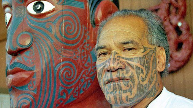 282 Best Maori Faces Images On Pinterest: Maori Elder Kingi Taurua Wearing Traditional Maori Facial