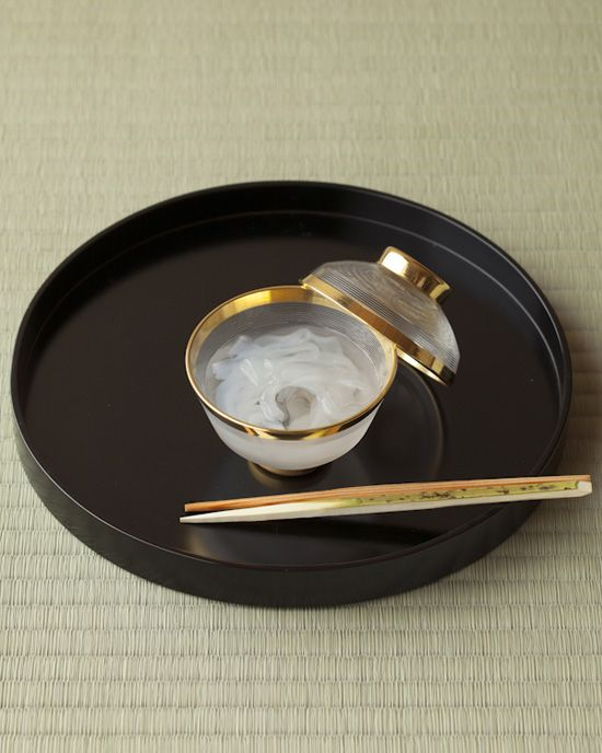 Japanese sweets, Kuzukiri 葛きり- kudzu starch noodles with sweeten sylup.