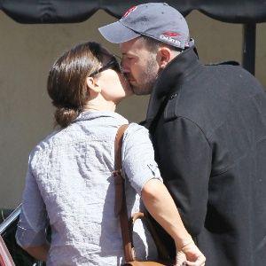 Revista diz que Ben Affleck e Jennifer Garner estão em crise no casamento #Ator, #Casamento, #Filha http://popzone.tv/revista-diz-que-ben-affleck-e-jennifer-garner-estao-em-crise-no-casamento/