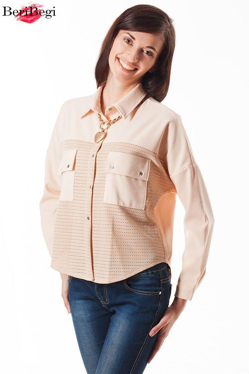 Пастельная рубашка ретро Цена 3500 руб. Размеры S, M Пудровая блузка oversize будет хорошо смотреться с джинсами и лодочками. А для тех, кому актуально-скроет от посторонних лишние неровности) ■ Для заказа пишите в what's up 8-925-046-18-47 ■ Весь ассортимент можете найти в наших альбомах и на сайте www.beribegi.com/ ■ Доставка по всей России, по Москве с примеркой бесплатная!