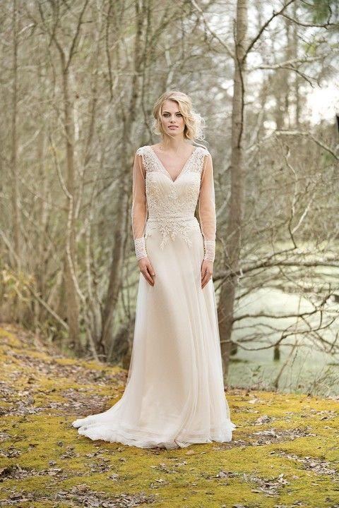 sv132-svadobne-saty-svadobny-salon-valery