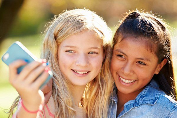 Age-Inappropriate Content | 9 Social Media Red Flags Parents Should Know About | XFINITY