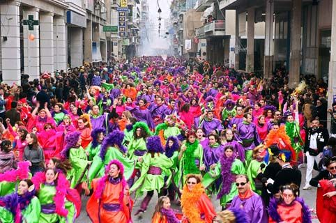 At the end of January begins the famous Carnival of Patras. Τhe city, located in western Greece, turns into a huge space for fun.