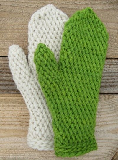 Slip Stitch Crochet Mittens...available as a Ravelry download...need to figure out this translation