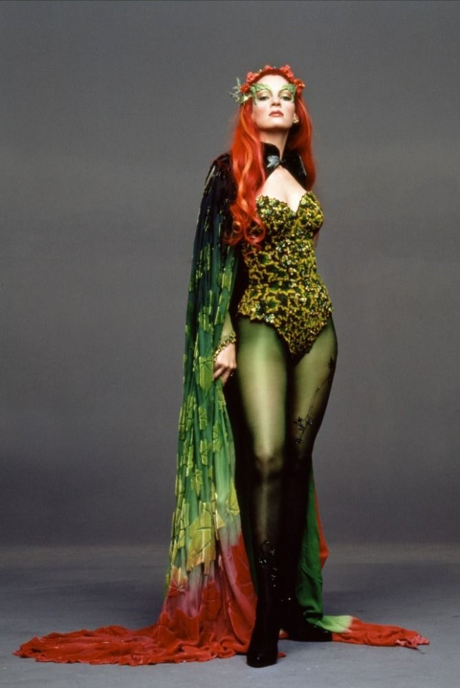 Poison Ivy (Batman et Robin) = Uma Thurman