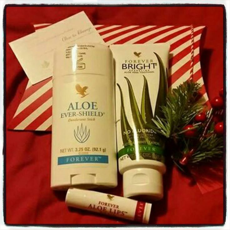 Daily essentials -Aloe ever-shield, forever bright toothgel and forever aloe lips Wrapped & ready to go-your choice of colours for wrapping. Prefer it in a gift basket/bag? I can do that too £16.50 (as pictured) plus p&p if you are not within local delivery range Gift sets are fully customisable and only available when ordering directly through me so please contact me to discuss #foreverhealthier #foreverliving #forever #aloe #aloevera #giveagiftthatcares #christmas #xmas15
