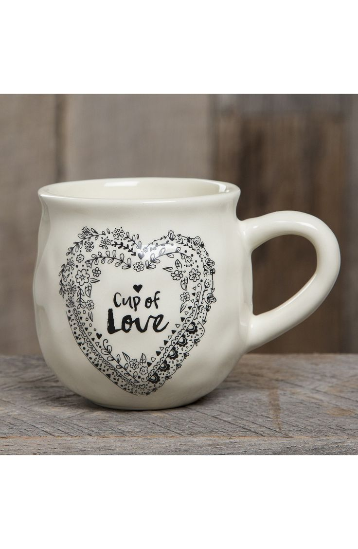 This adorable shabby-chic mug will make the perfect gift for the loved ones.