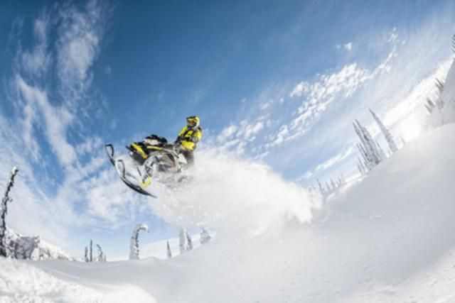 Novo Motos de neve 2019 BRP SUMMIT SP 165 850 E-TEC: Preço, Versões, Análise e Fotos