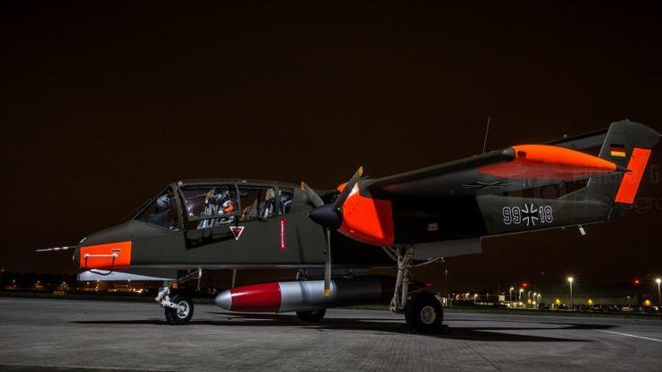 OV-10 Bronco, North American, Rockwell, OV-10B, COIN, combat, U.S. Air Force, runway