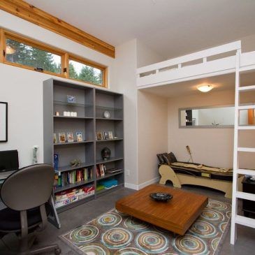 10 Loft Bed with Desk Foto for a Transitional Kids with a Teenager Boys Bedroom