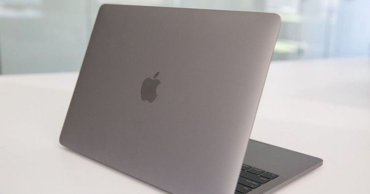 #World #News  Consumer Reports stands by its verdict, won't recommend Apple's MacBook Pro  #StopRussianAggression