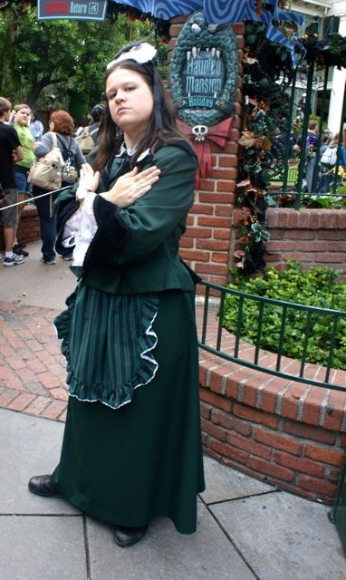 Disneyland Style: Cast Member Costumes Part 1 (Photos)