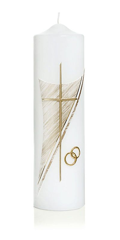 Die Hochzeitskerze Nr. 6 in gold ist mit Ringen und Kreuz verziert. Die Kerze aus dem Hause Wiedemann hat eine Abmessung (H/DM) von 250/70 mm. 34,90€ Im Preis ist die Kerze samt Verzierung und Ihrer individuellen Beschriftung mit Vornamen und Datum (z.B. Claudia & Martin 20.07.2013) enthalten.