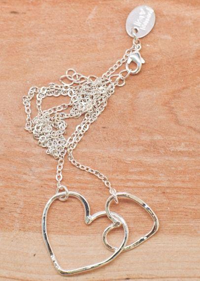 sterling connected necklace by lisa leonard: Mothers Day Gifts, Lisa Leonard, Leonard Design, Bridesmaid Gifts, Connection Necklaces, Heart Necklaces, Random Pin, Leonard Necklaces, Connection Heart