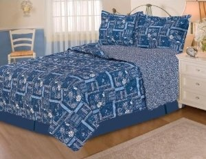 Silky Soft Full / Queen Size QUILT Set. Persia Blue Design :           The set includes a Queen size Quilt filled, and two standard size pillow shams, both with beautifully patterns. The quilt measures 86 by 86 inches and the sham measures 20 by 26 inches. For convenience, all bedding components are machine washable on cold in the gentle cycl...