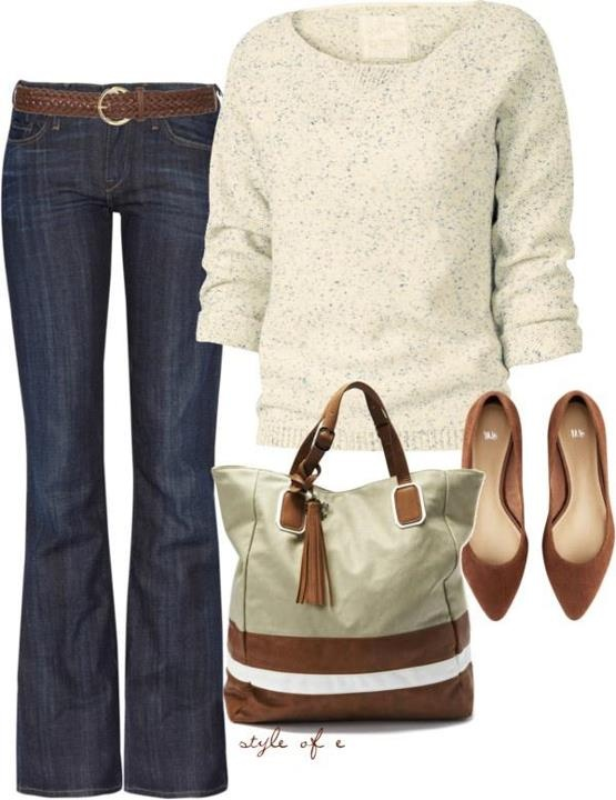 My idea of a perfect weekend outfit. Dark jeans, comfy cute sweater, adorable flats and a big purse. Happiness.