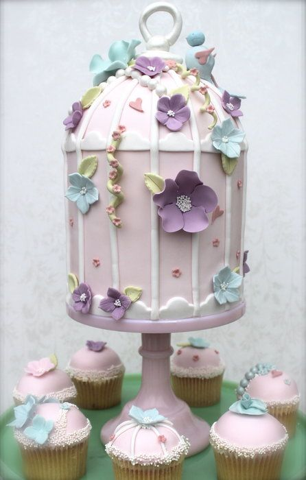My first attempt at a vintage birdcage cake…I was quite pleased with it although…I know I will make improvements next time! :)