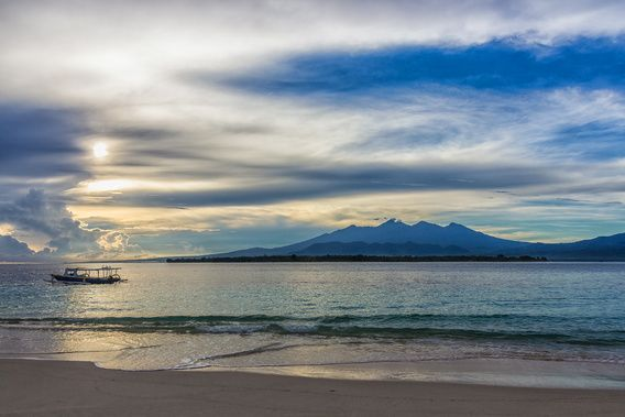 Sunrise @ Gili Meno (Indonesia) - edited version