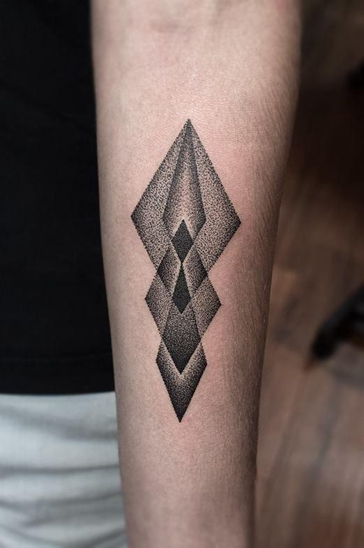 Redberry Tattoo Studio Wrocław #tattoo #inked #ink #studio #wroclaw #warszawa #tatuaz #dresden #redberry #katowice #redberrytattoostudio #amaizingtattoo #poland #berlin #eztattoo #edzlotin #zlotin #sketch #geometric #symbol #arrow #dots #dotwork #project #design
