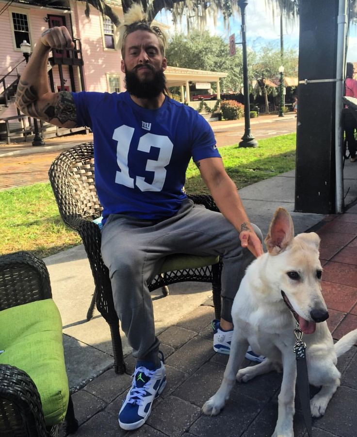 (1/7)-Enzo Amore e seus catioros/dogs