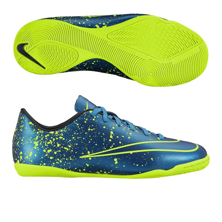 Speed kills with the Junior Nike Mercurial Victory indoor soccer shoes. Order your indoor soccer shoes at SoccerCorner.com.  http://www.soccercorner.com/Nike-Youth-Mercurial-Victory-V-Indoor-Soccer-Shoes-p/siyni651639-440.htm