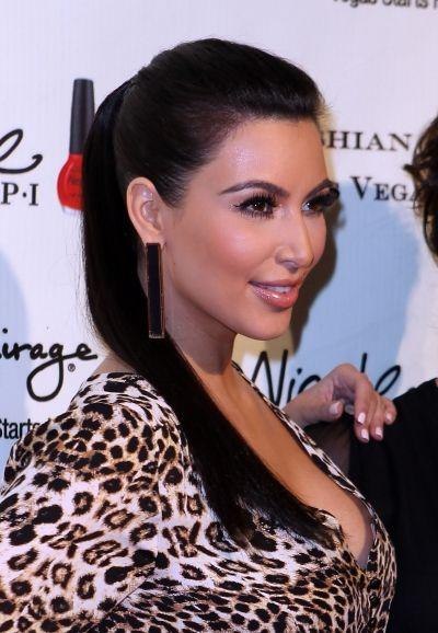 Kim Kardashians slicked back ponytail: Beauty Tips, Kardashians Slicked, Prom Hair, Hair Makeup, Bridget Prom, Hair And Beauty, Ponytail Hair Beauty