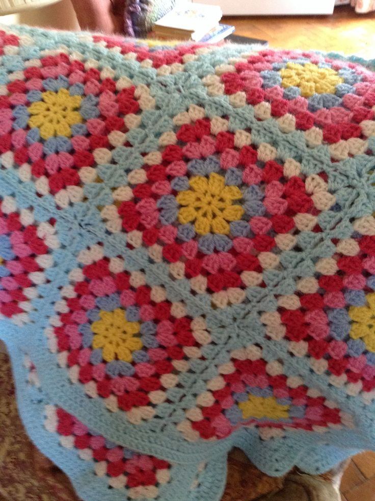 Ashley s Baby Afghan Crochet Pattern : 39 best images about Cute workout outfits on Pinterest ...