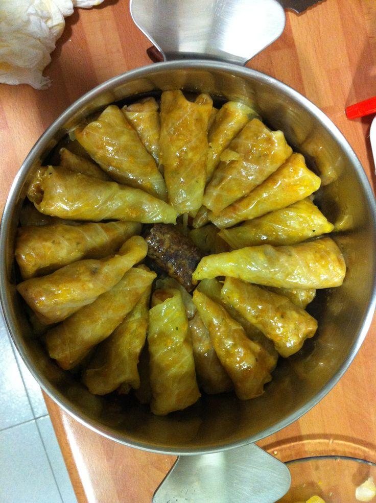 Sarmale ( plato típico rumano )