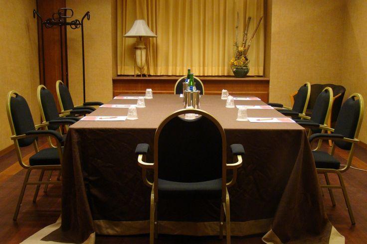 Meeting space in Ramada Naples City Center